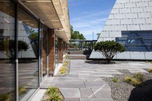 Innenhof 1 300x200 - Neue Eventlocation: Dänischer Expo-Pavillon auf dem Messegelände